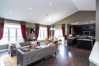 Photo 2: 50 Claremont Drive in Niverville: Fifth Avenue Estates Residential for sale (R07)  : MLS®# 202013767