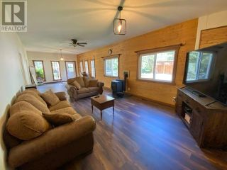 Photo 15: 1237 BARKERVILLE HIGHWAY in Quesnel: House for sale : MLS®# R2614511
