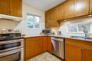 "Photo 14: 21 3397 HASTINGS Street in Port Coquitlam: Woodland Acres PQ Townhouse for sale in ""Maple Creek"" : MLS®# R2544787"
