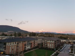"""Photo 8: 701 3096 WINDSOR Gate in Coquitlam: New Horizons Condo for sale in """"MANTYLA"""" : MLS®# R2534320"""
