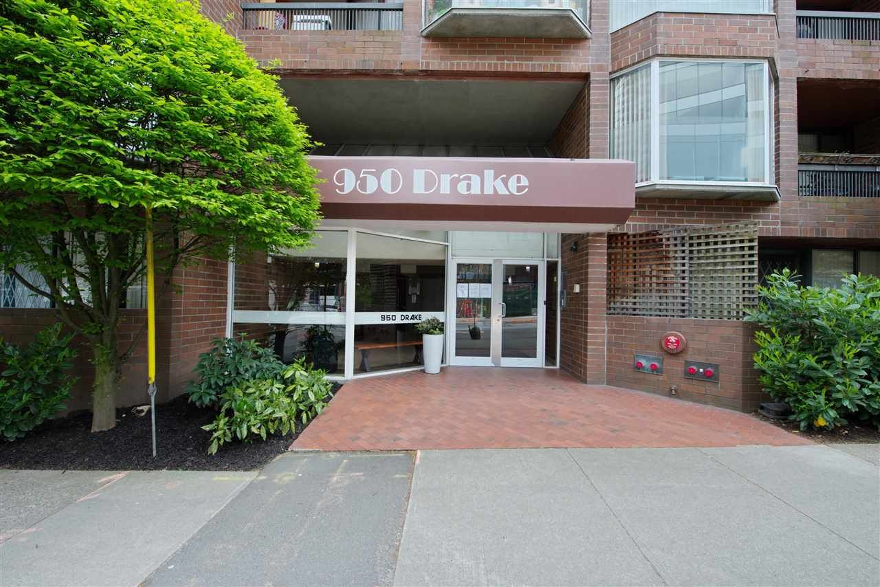 """Main Photo: 609 950 DRAKE Street in Vancouver: Downtown VW Condo for sale in """"ANCHOR POINT"""" (Vancouver West)  : MLS®# R2574592"""