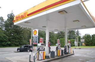 Photo 2: Exclusive Shell Gas Station with Liquor Store: Business with Property for sale
