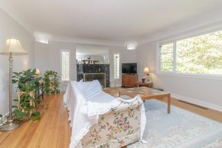 Photo 13: 1099 Jasmine Ave in : SW Strawberry Vale House for sale (Saanich West)  : MLS®# 883448