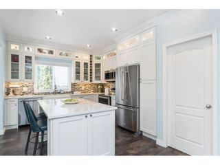 """Photo 9: 16648 62A Avenue in Surrey: Cloverdale BC House for sale in """"West Cloverdale"""" (Cloverdale)  : MLS®# R2477530"""