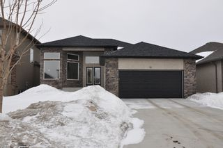 Photo 3: 58 Edenwood Place: Residential for sale : MLS®# 1104580