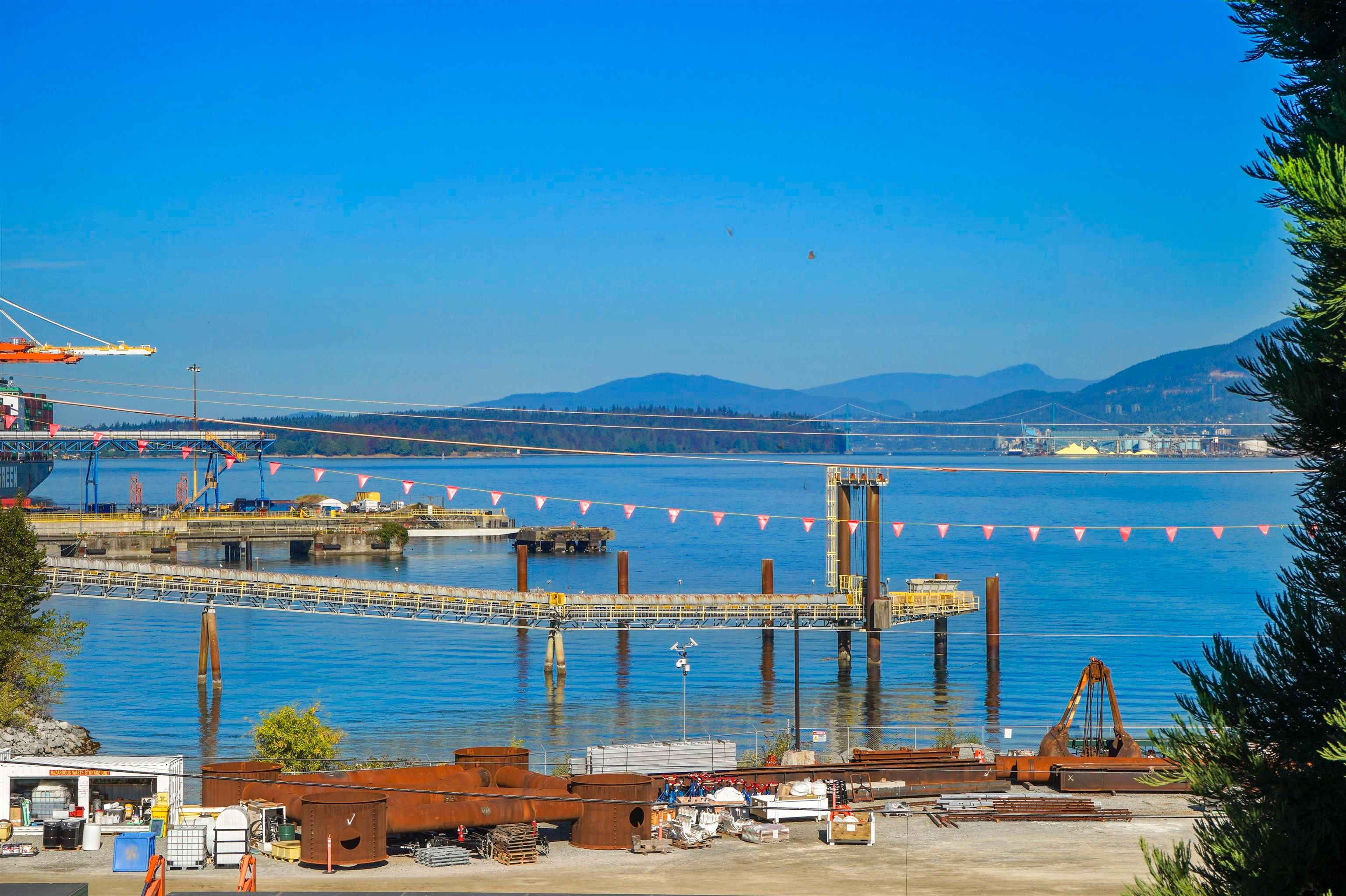 """Main Photo: 304 2159 WALL Street in Vancouver: Hastings Condo for sale in """"WALL COURT"""" (Vancouver East)  : MLS®# R2611907"""