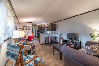 """Photo 4: 86 6338 VEDDER Road in Chilliwack: Sardis East Vedder Rd Manufactured Home for sale in """"Maple Meadows Mobile Home Park"""" (Sardis)  : MLS®# R2442740"""