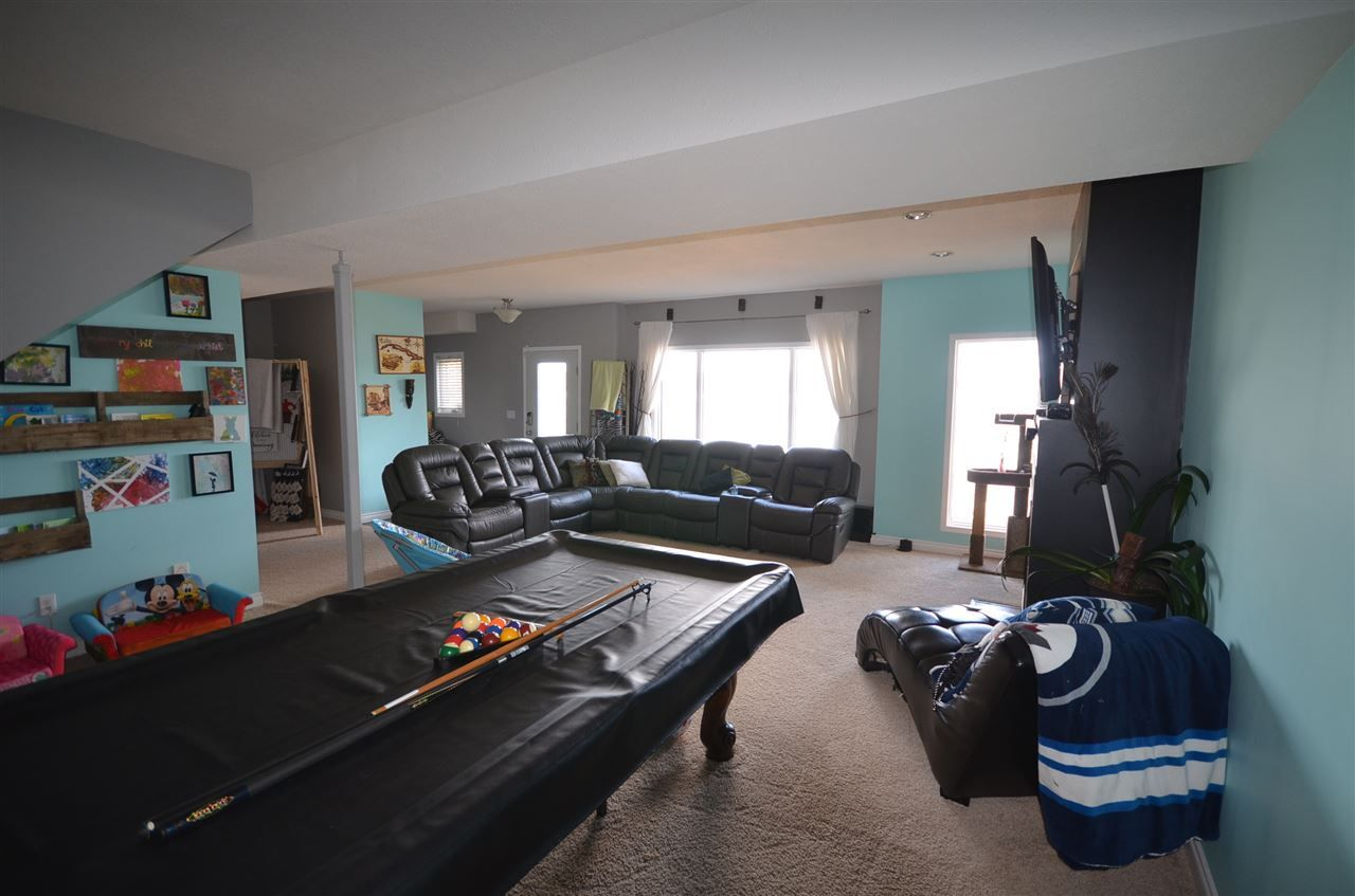 Photo 12: Photos: 13759 GOLF COURSE Road: Charlie Lake Manufactured Home for sale (Fort St. John (Zone 60))  : MLS®# R2453494