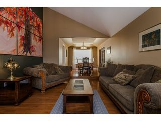 Photo 3: 34760 MILLSTONE Way in Abbotsford: Abbotsford East House for sale : MLS®# R2120507