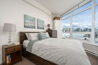 """Photo 8: 413 2055 YUKON Street in Vancouver: False Creek Condo for sale in """"THE MONTREUX"""" (Vancouver West)  : MLS®# R2371441"""