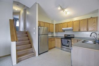 Photo 6: 102 Martin Crossing Grove NE in Calgary: Martindale Detached for sale : MLS®# A1130397