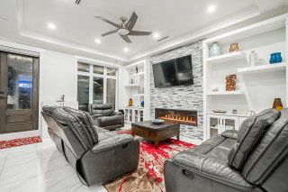 Photo 12: 2422 ANCASTER Crescent in Vancouver: Fraserview VE House for sale (Vancouver East)  : MLS®# R2618335