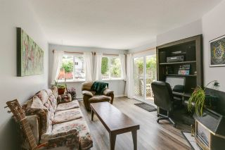 Photo 2: 1021 BROTHERS Place in Squamish: Northyards 1/2 Duplex for sale : MLS®# R2274720