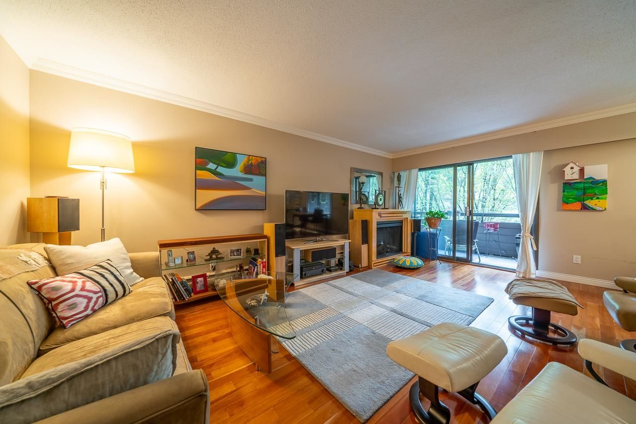 Main Photo: 305 1720 W 12TH Avenue in Vancouver: Fairview VW Condo for sale (Vancouver West)  : MLS®# R2622661