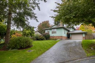 Photo 2: 15027 SPENSER Drive in Surrey: Bear Creek Green Timbers House for sale : MLS®# R2625533