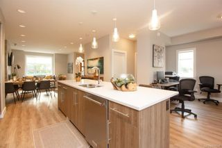 Photo 17: 7864 Lochside Dr in Central Saanich: CS Turgoose Row/Townhouse for sale : MLS®# 830549