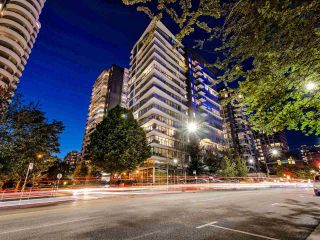 "Photo 39: 1801 1009 HARWOOD Street in Vancouver: West End VW Condo for sale in ""THE MODERN"" (Vancouver West)  : MLS®# R2488583"