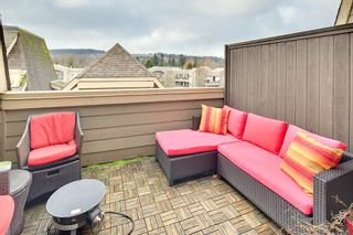 """Photo 1: TH 224 2108 ROWLAND Street in Port Coquitlam: Central Pt Coquitlam Townhouse for sale in """"AVIVA AT THE PARK"""" : MLS®# R2231889"""