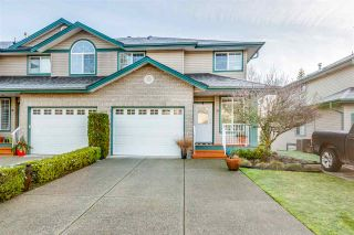 """Photo 1: 31 11358 COTTONWOOD Drive in Maple Ridge: Cottonwood MR Townhouse for sale in """"CARRIAGE LANE"""" : MLS®# R2530570"""