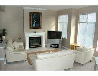 "Photo 3: 124 2979 PANORAMA DR in Coquitlam: Westwood Plateau Townhouse for sale in ""DEERCREST ESTATES"" : MLS®# V566893"