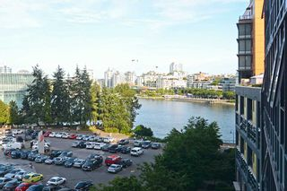 "Photo 14: 801 33 SMITHE Street in Vancouver: Yaletown Condo for sale in ""COOPERS LOOKOUT"" (Vancouver West)  : MLS®# R2448170"