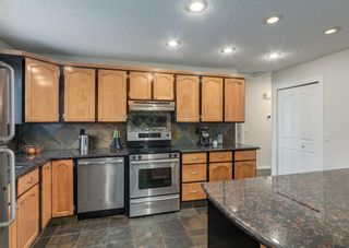 Photo 10: 72 Riverbirch Crescent SE in Calgary: Riverbend Detached for sale : MLS®# A1094288