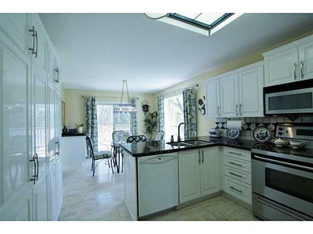 Photo 11: Photos: 80 BRENNAN AV in BARRIE: House for sale : MLS®# 1403639