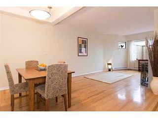 Photo 3: 7 2077 3RD Ave W in Vancouver West: Kitsilano Home for sale ()  : MLS®# V987614
