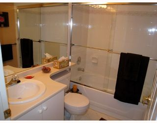 """Photo 8: 209 3638 RAE Avenue in Vancouver: Collingwood VE Condo for sale in """"RAINTREE GARDENS"""" (Vancouver East)  : MLS®# V741416"""