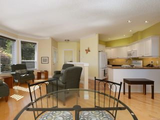 Photo 5: 104 1645 Narissa Rd in : Sk Whiffin Spit Row/Townhouse for sale (Sooke)  : MLS®# 854987