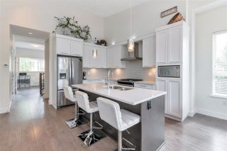 """Photo 10: 8 7979 152 Street in Surrey: Fleetwood Tynehead Townhouse for sale in """"The Links"""" : MLS®# R2575194"""