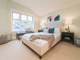 """Photo 10: 322 W 15TH Avenue in Vancouver: Mount Pleasant VW Townhouse for sale in """"Mayor's House"""" (Vancouver West)  : MLS®# R2324549"""