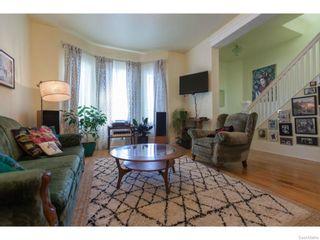 Photo 6: 702 32nd Street West in Saskatoon: Caswell Hill Single Family Dwelling for sale (Saskatoon Area 04)  : MLS®# 612485