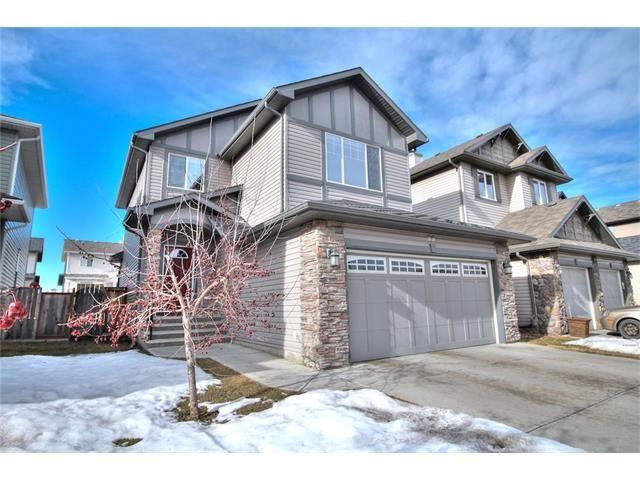 Main Photo: 99 NEW BRIGHTON Drive SE in Calgary: New Brighton House for sale : MLS®# C4049669