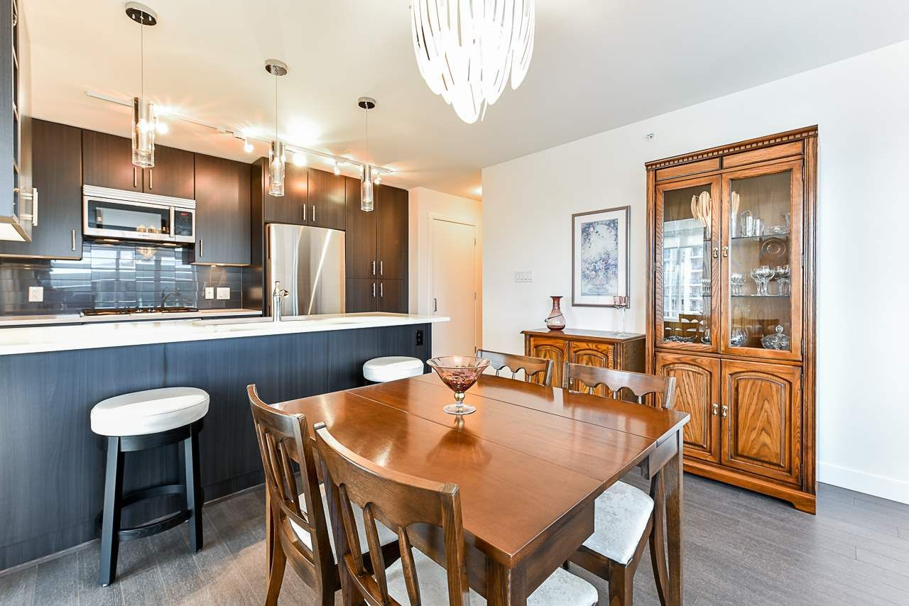 Photo 5: Photos: 701 608 BELMONT STREET in New Westminster: Uptown NW Condo for sale : MLS®# R2522170