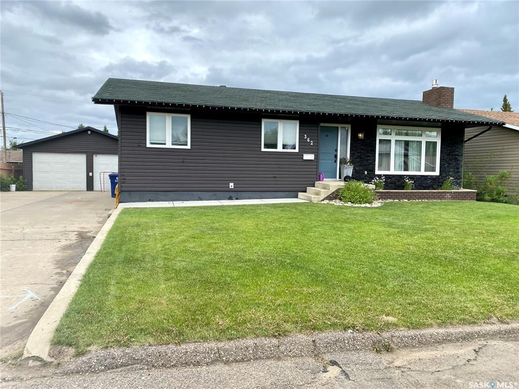 Main Photo: 362 34th Street in Battleford: Residential for sale : MLS®# SK859358