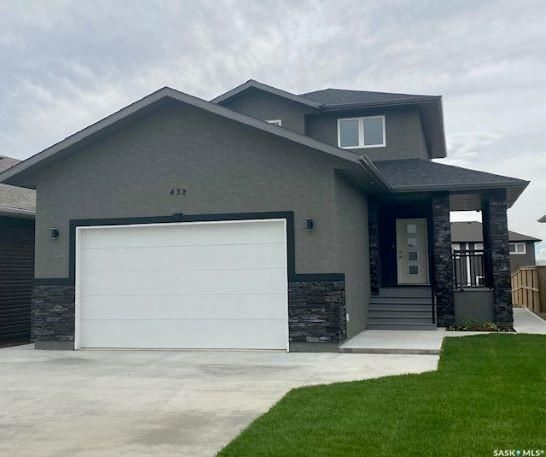 Main Photo: 432 Ridgedale Street in Swift Current: Sask Valley Residential for sale : MLS®# SK866665
