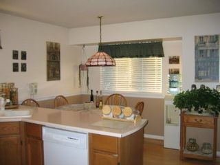 Photo 6: 15825 97A Avenue: House for sale (Guildford)