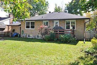 Photo 2: 18 Strathroy Crest in Markham: House (Bungalow) for sale (N11: LOCUST HIL)  : MLS®# N1720881