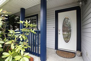 """Photo 2: 26440 32A Avenue in Langley: Aldergrove Langley House for sale in """"Parkside"""" : MLS®# F1315757"""