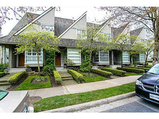 Main Photo: 2050 E KENT AVE SOUTH AVENUE in : South Marine Townhouse for sale (Vancouver East)  : MLS®# V1058119