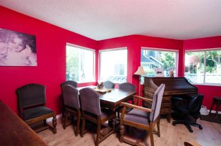 """Photo 6: 2309 RIVERWOOD Way in Vancouver: South Marine Townhouse for sale in """"Southshore"""" (Vancouver East)  : MLS®# R2410470"""