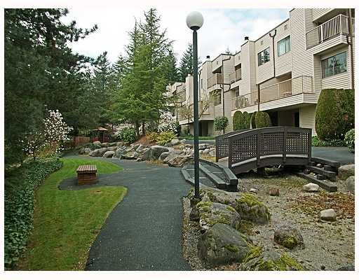 """Main Photo: 116 1210 FALCON Drive in Coquitlam: Upper Eagle Ridge Townhouse for sale in """"FERNLEAF PLACE"""" : MLS®# V702864"""