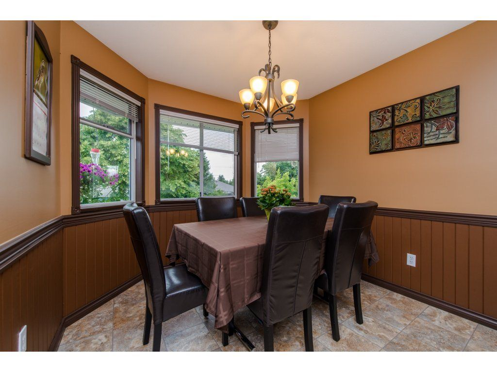 """Photo 13: Photos: 27091 24A Avenue in Langley: Aldergrove Langley House for sale in """"South Aldergrove"""" : MLS®# R2080123"""