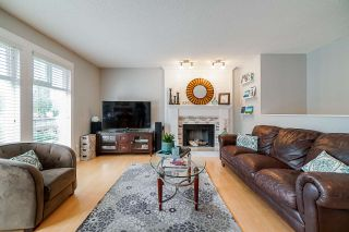 Photo 3: 1113 WALLACE Court in Coquitlam: Ranch Park House for sale : MLS®# R2403243