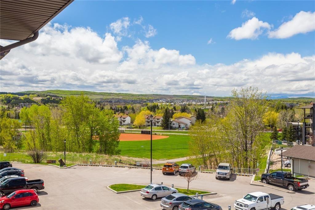 Main Photo: 2401 625 GLENBOW Drive: Cochrane Apartment for sale : MLS®# C4299133