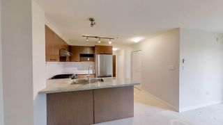 "Photo 4: 221 9500 ODLIN Road in Richmond: West Cambie Condo for sale in ""CAMBRIDGE PARK"" : MLS®# R2358525"