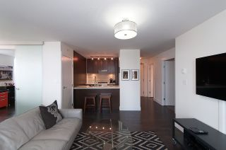 Photo 8: 704 535 SMITHE STREET in Vancouver: Downtown VW Condo for sale (Vancouver West)  : MLS®# R2048097