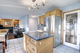 Photo 9: 129 Coral Shores Bay NE in Calgary: Coral Springs Detached for sale : MLS®# A1151471