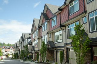 """Photo 1: 50 6299 144TH Street in Surrey: Sullivan Station Townhouse for sale in """"ALTURA"""" : MLS®# F1215984"""